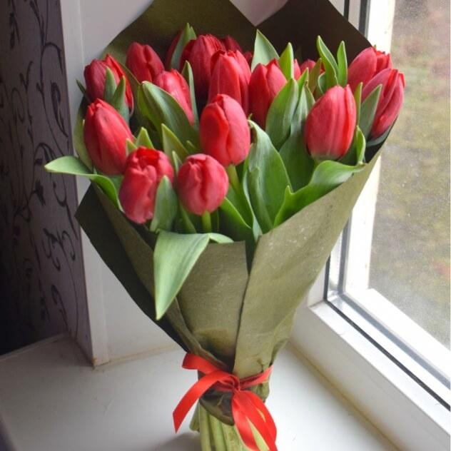 Букет тюльпанов подарили